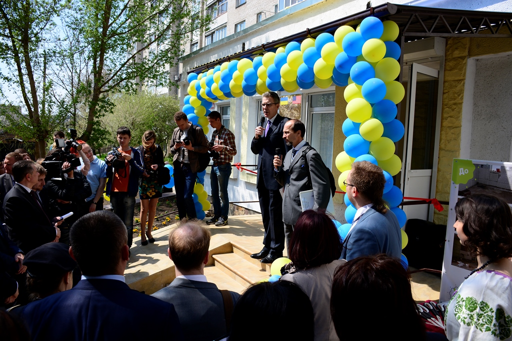 Geoffrey Pyatt, U.S. Ambassador to Ukraine speaks at an inauguration ceremony for the Vinnytsia Community Education Center April 27, 2015. The center was previously an unoccupied building which was renovated by U.S. European Command (EUCOM) in cooperation with the Office of Defense Cooperation (ODC), United States Agency for International Development (USAID), and local Ukrainian government and non-goverment agencies. The project coordination began in 2012 by local non-government organizations working to provide education, training and protection to socially vulnerable sectors of the community to prevent human trafficking. (U.S. European Command photo by Master Sgt. Charles D. Larkin Sr./RELEASED)