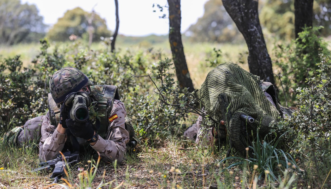 U.S. Army Soldiers, from the 982nd Combat Camera Company (Airborne) and 55th Signal Company (Combat Camera), participate in Operation Skyfall- España, Madrid, Spain, May 8, 2015. Operation Skyfall- España is an exercise initiated and organized by the 982nd Combat Camera Co., and hosted by the Brigada Paracaidista of the Spanish Army.  The exercise is a bilateral subject matter exchange focusing on interoperability of combat camera training and documentation of airborne operations. (U.S. Army Photo by Sgt. Jesus F. Guerrero/Released)